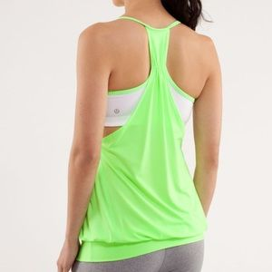 Lululemon no limits tank zippy green white bra top